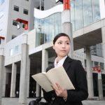 営業職の転職活動は外回り中にできる?